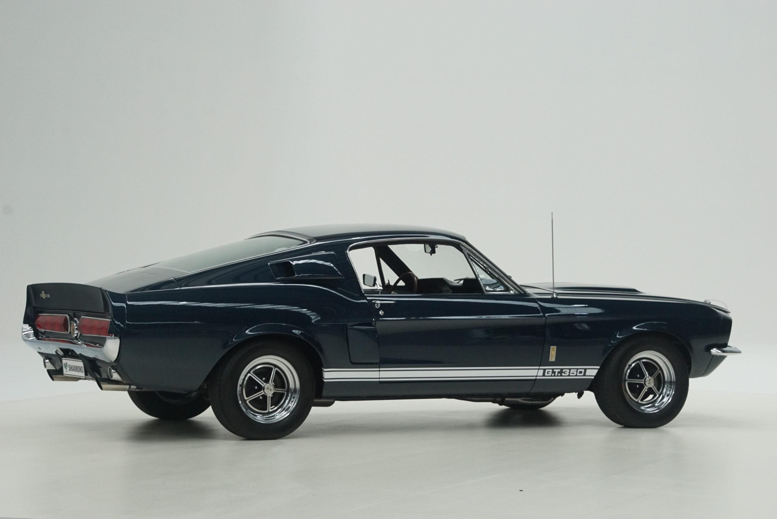 1967 Shelby Mustang GT350 Fastback latéral trois quarts arrière droit - Shannons Auctions avril 2021.