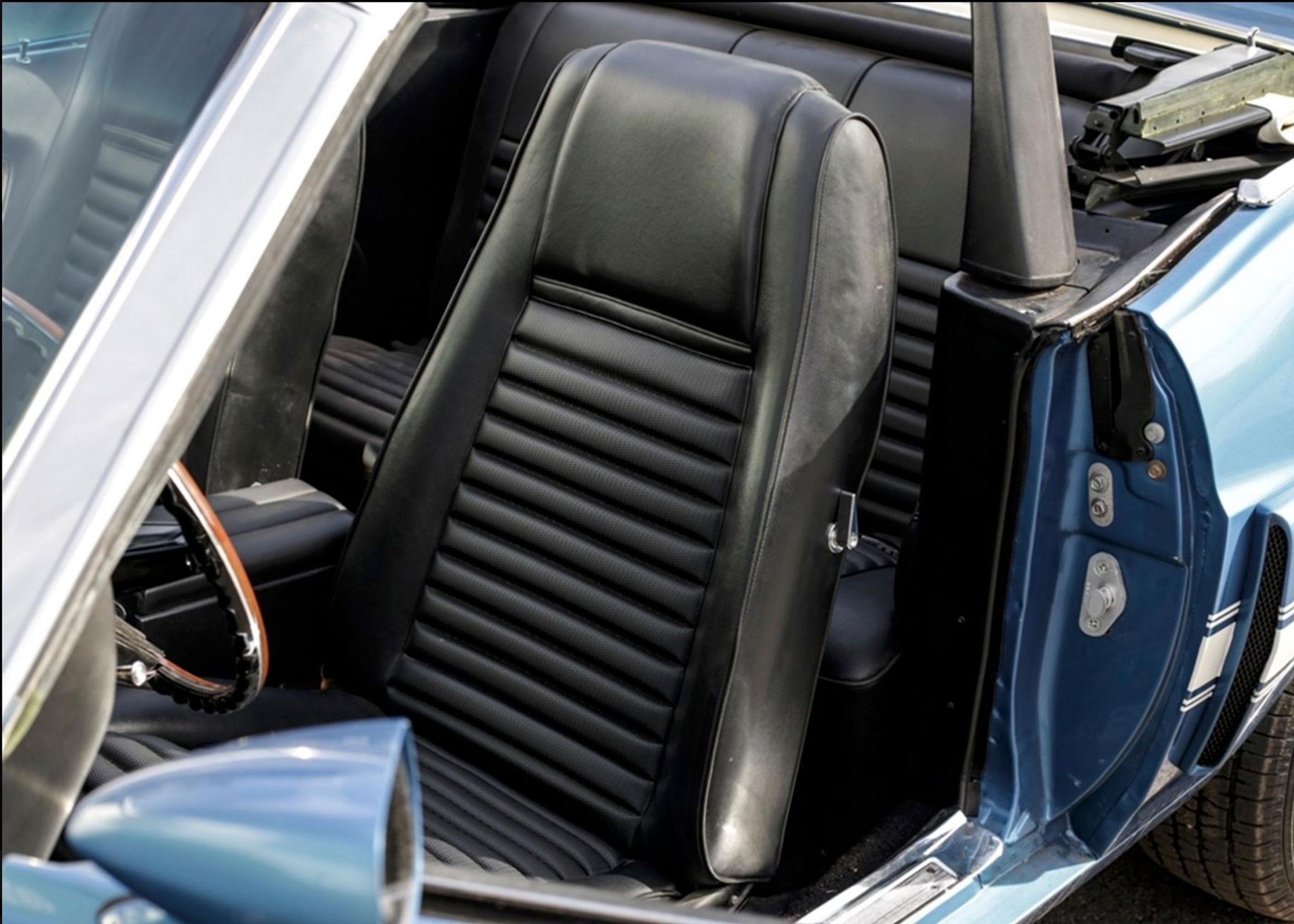 1969 Shelby GT350 Convertible elle reçoit des sièges baquets Hi-Back - Coups de Coeur Historics Auctioneers.