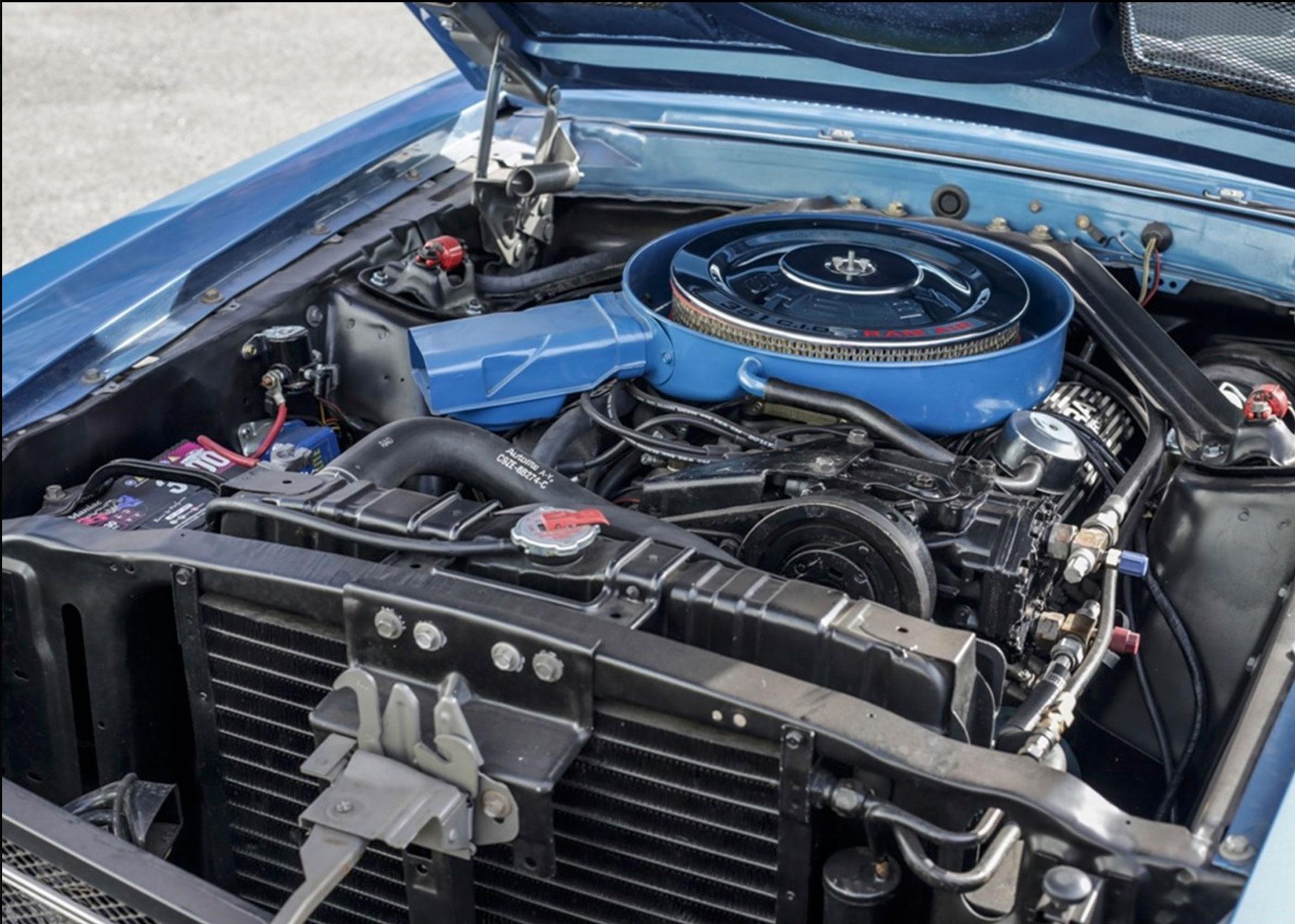 1969 Shelby GT350 Convertible moteur 351ci développant 290 chevaux - Coups de Coeur Historics Auctioneers.