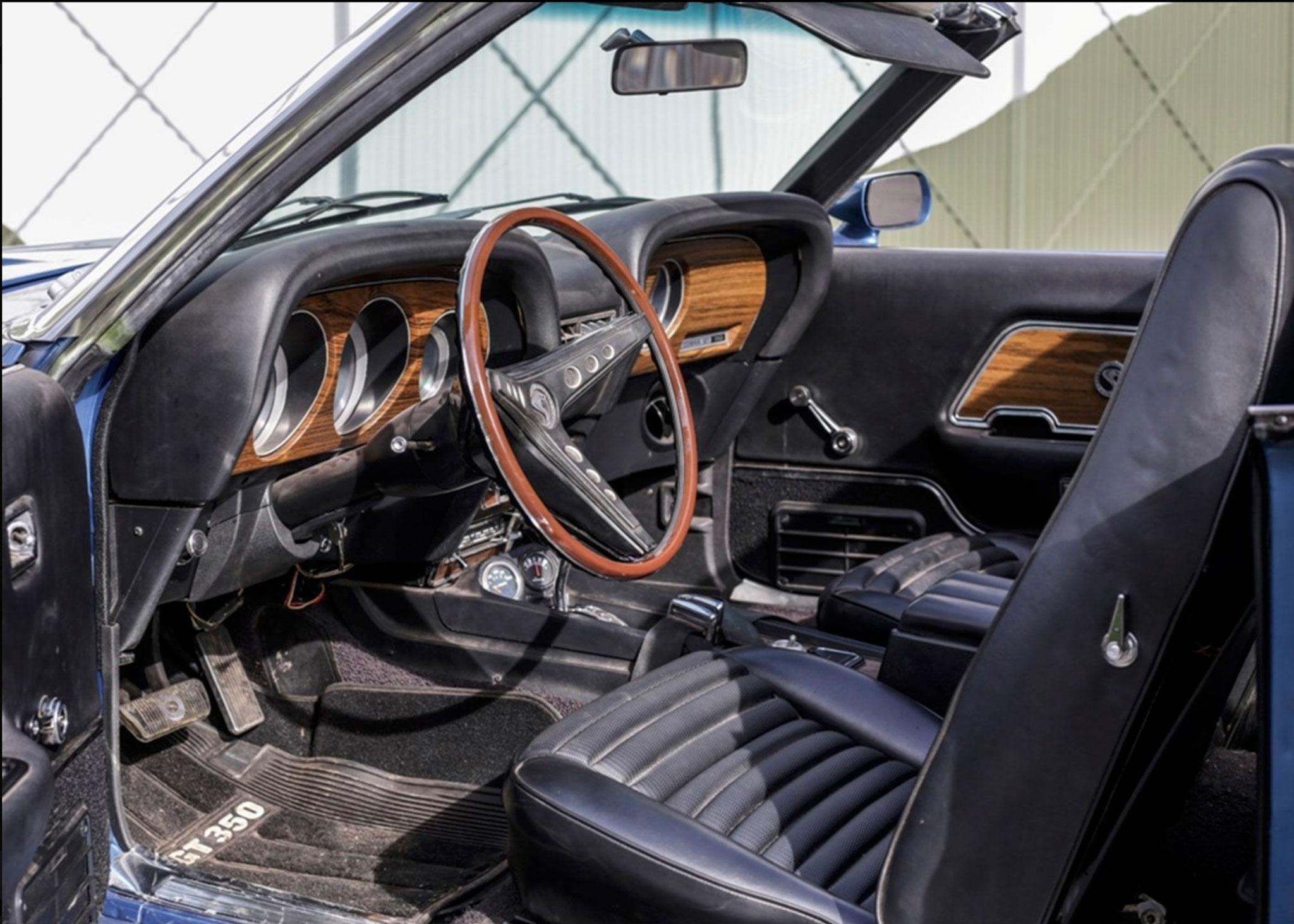 1969 Shelby GT350 Convertible sur base de Mustang Mach 1 - Coups de Coeur Historics Auctioneers.