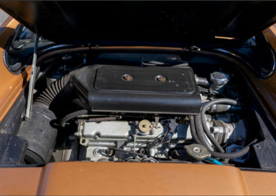 1973 Ferrari Dino 246 GTS moteur 2.4 litres 6 cylindres en V et 195 chevaux.