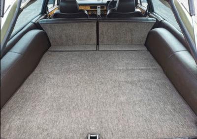 1983 Jaguar XJ-S HE 5.3-Litre Lynx Eventer coffre arrière - Classic Car Auctions mars 2021.