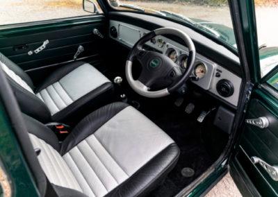 2000 Rover Mini Cooper Sport poste de conduite et tableau de bord - Classic Car Auctions mars 2021.