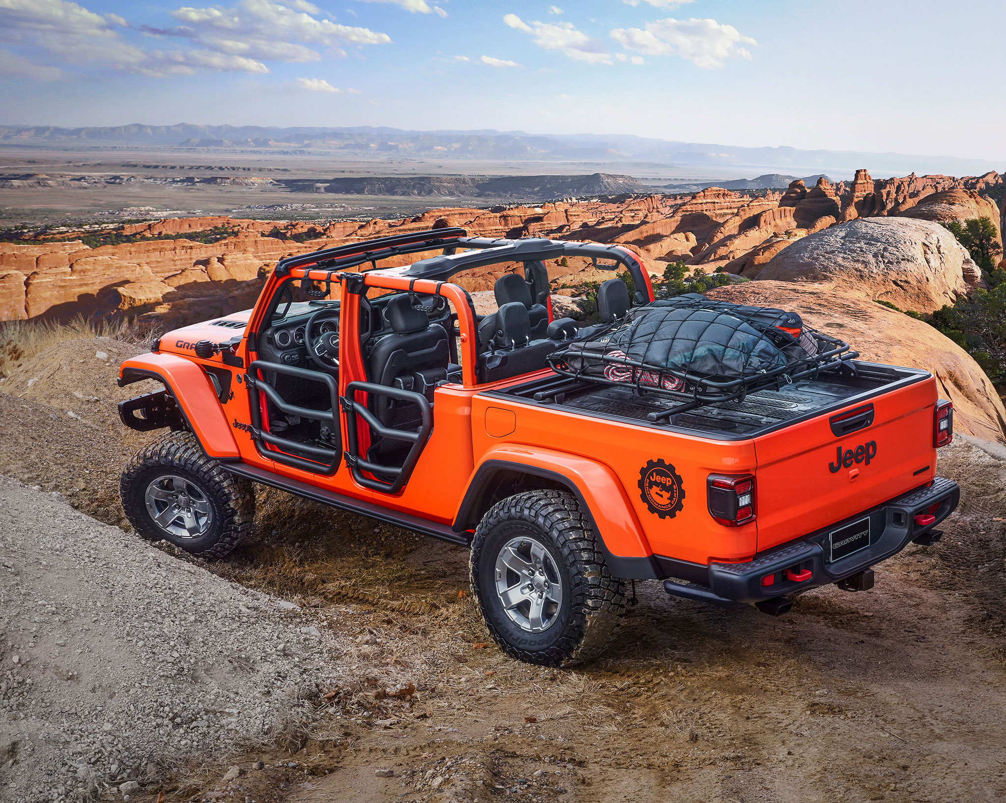 2019 Jeep Gladiator Gravity jantes de 17 pouces et pneus en 35 - Moab Easter Jeep Safari.