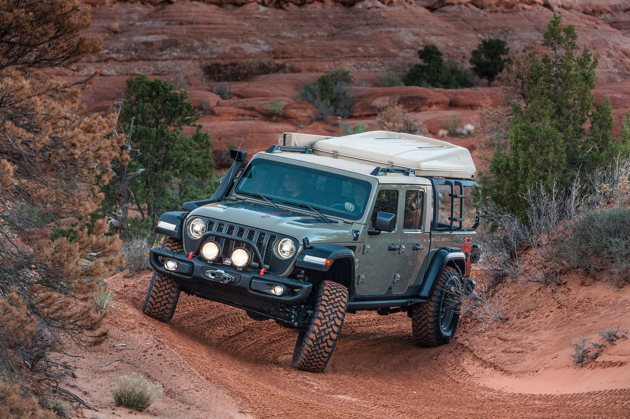 2019 Jeep Gladiator Wayout dans son terrain de jeu favori - Moab Easter Jeep Safari.