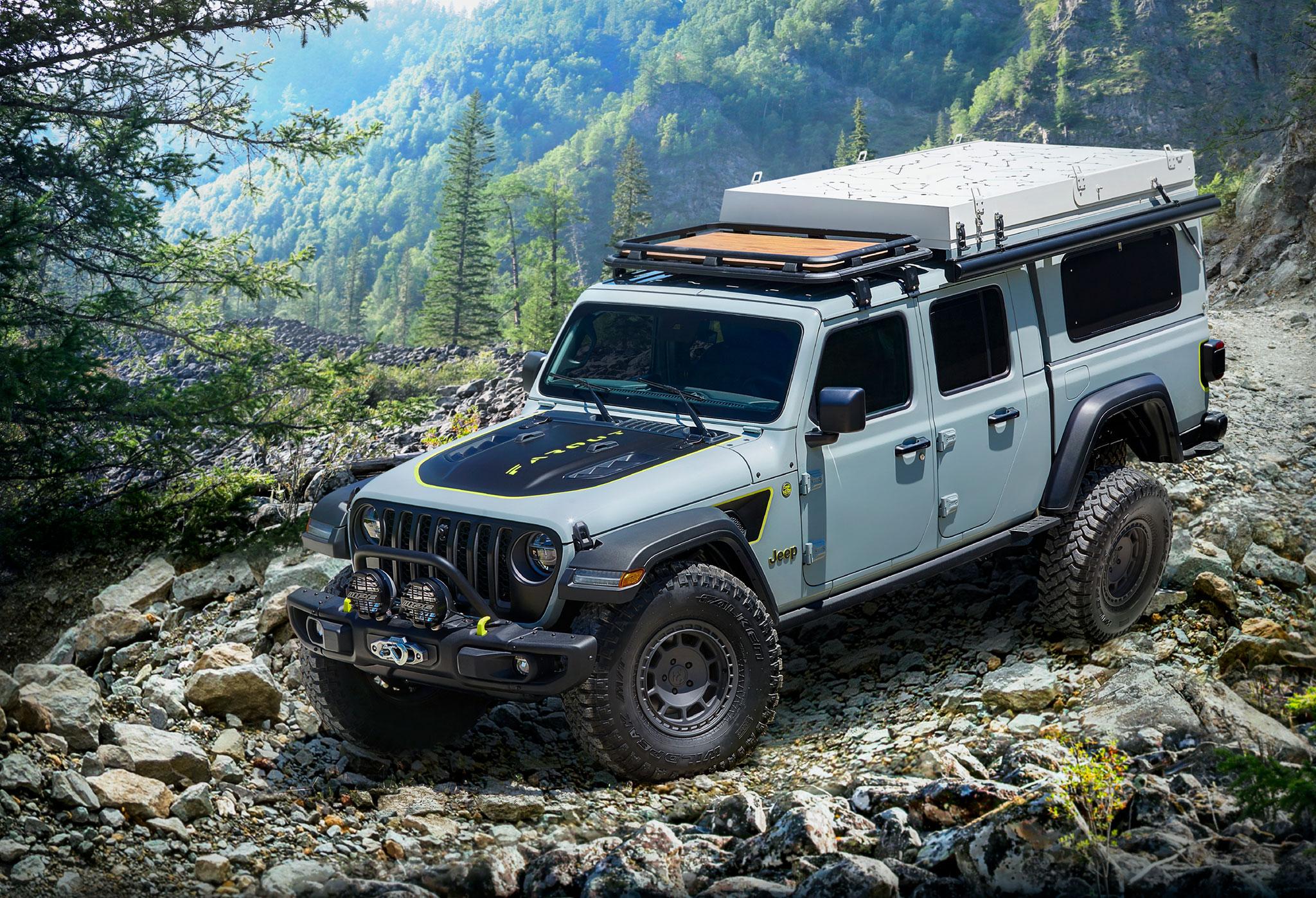 2020 Jeep Gladiator Farout Concept trois quarts avant gauche - Jeep et Moab 2020.