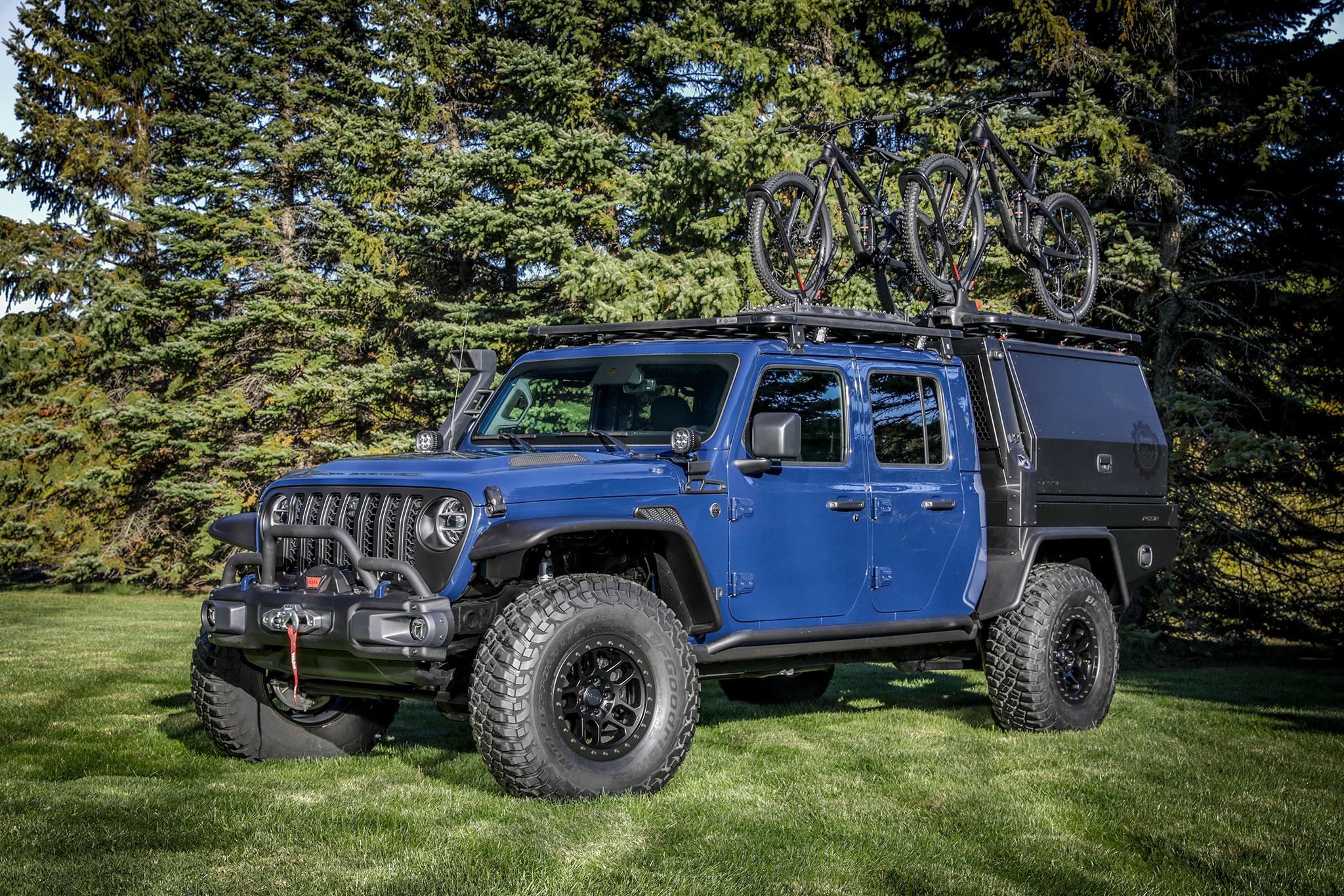2020 Jeep Gladiator Top Dog trois quarts avant gauche - Jeep et Moab 2020.