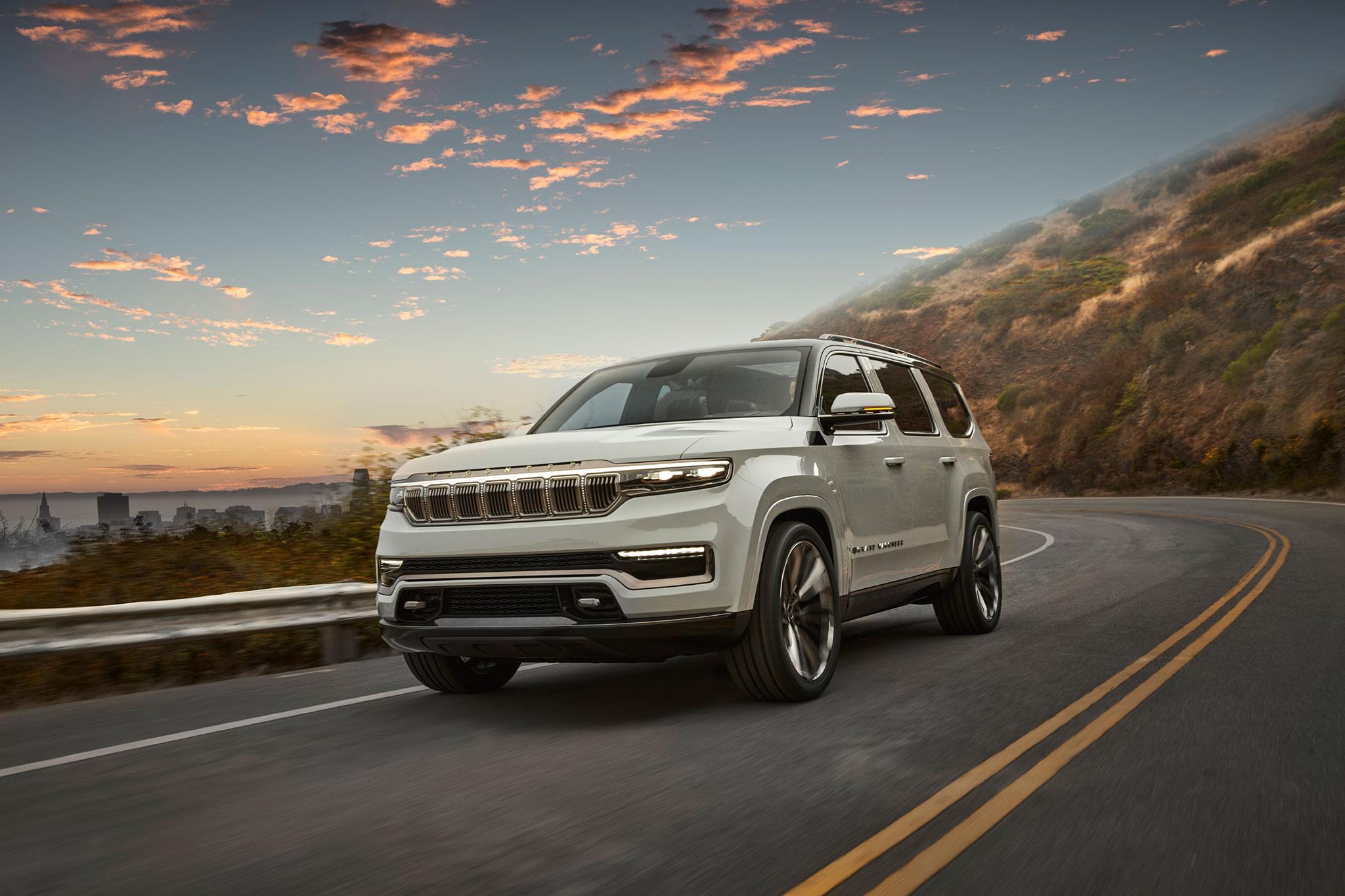 2020 Jeep Grand Wagoneer trois quarts avant gauche - Jeep et Moab 2020.