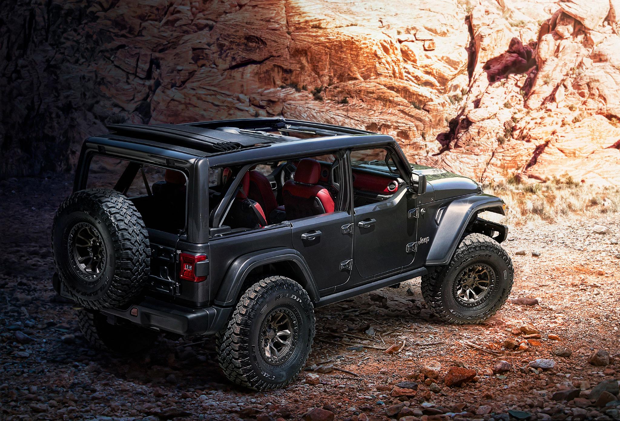 2020 Jeep Wrangler V8 6.4-Litre Rubicon 392 trois quarts arrière droit - Jeep et Moab 2020.