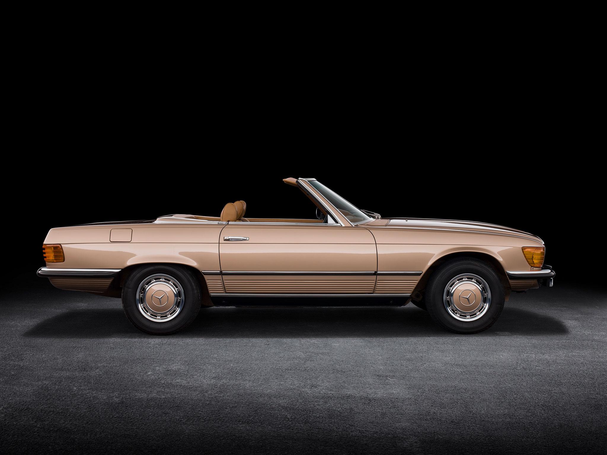 1971-1989 1980 Mercedes-Benz 350 SL R 107 ligne intemporelle signée Friedrich Geiger.