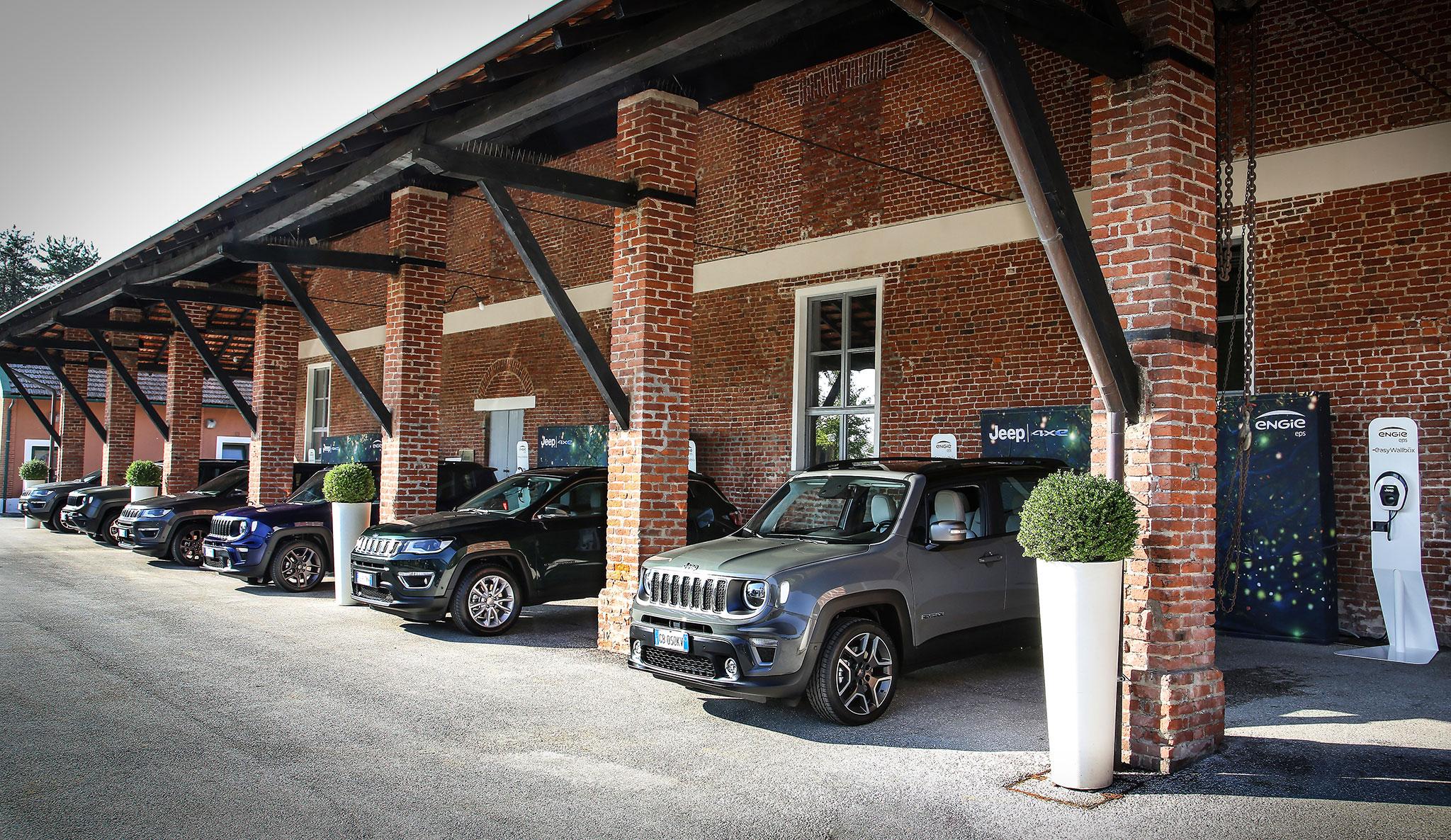 Jeep 4xe le centre d'essai de Balocco possède ses propres stations de recharge