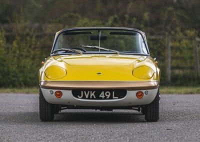 1972 Lotus Elan Sprint Convertible The Avengers Diana Rigg conduit une Elan S2 puis une S3 bleue.