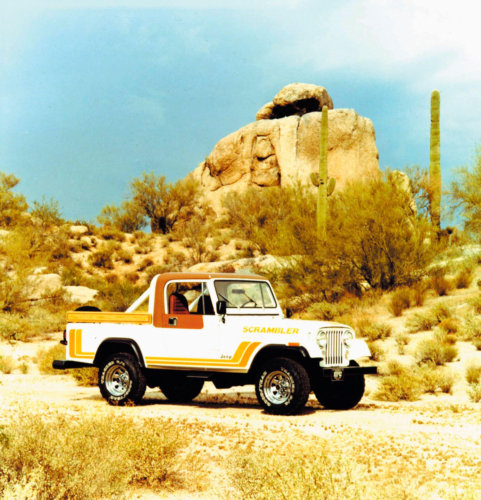 1982 Jeep Scrambler CJ-8 une des combinaisons de couleurs la plus courante.