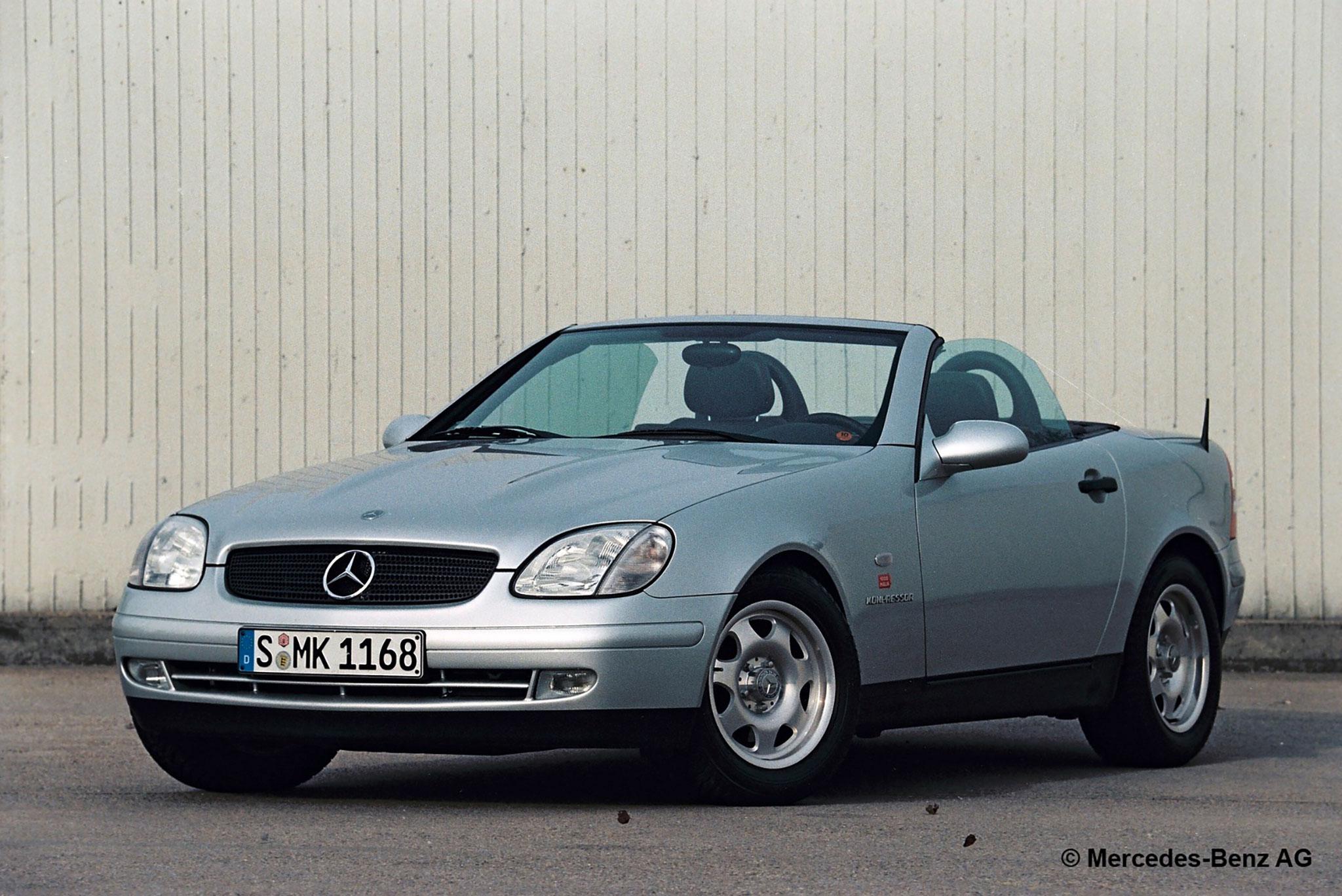 1996-2000 Mercedes-Benz SLK 230 Mercedes-Benz Archives. Marché de la Voiture de Collection.