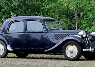 1954 Citroën 11 BL €3000 - 6000 - Populaires Françaises.