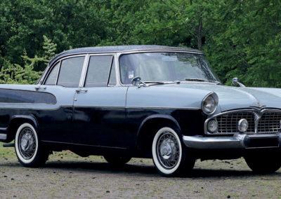 1958 Simca Vedette Chambord €3000 - 6000 - Populaires Françaises.
