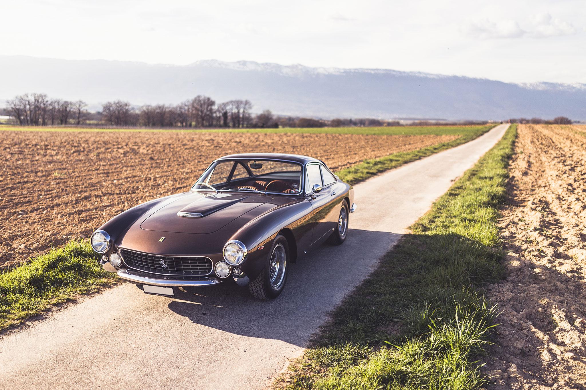 1963 Ferrari 250 GT Lusso Berlinetta CHF 1 350 000 - 1 950 000 - Classique vs Supercar.