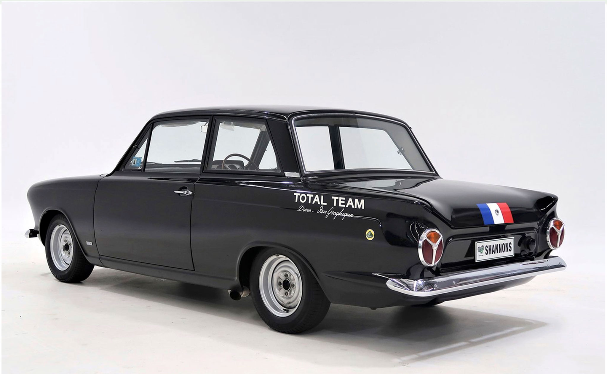 1964 Lotus Cortina Mk 1 AUD$200,000-$250,000 - Sportives Ford aux enchères.