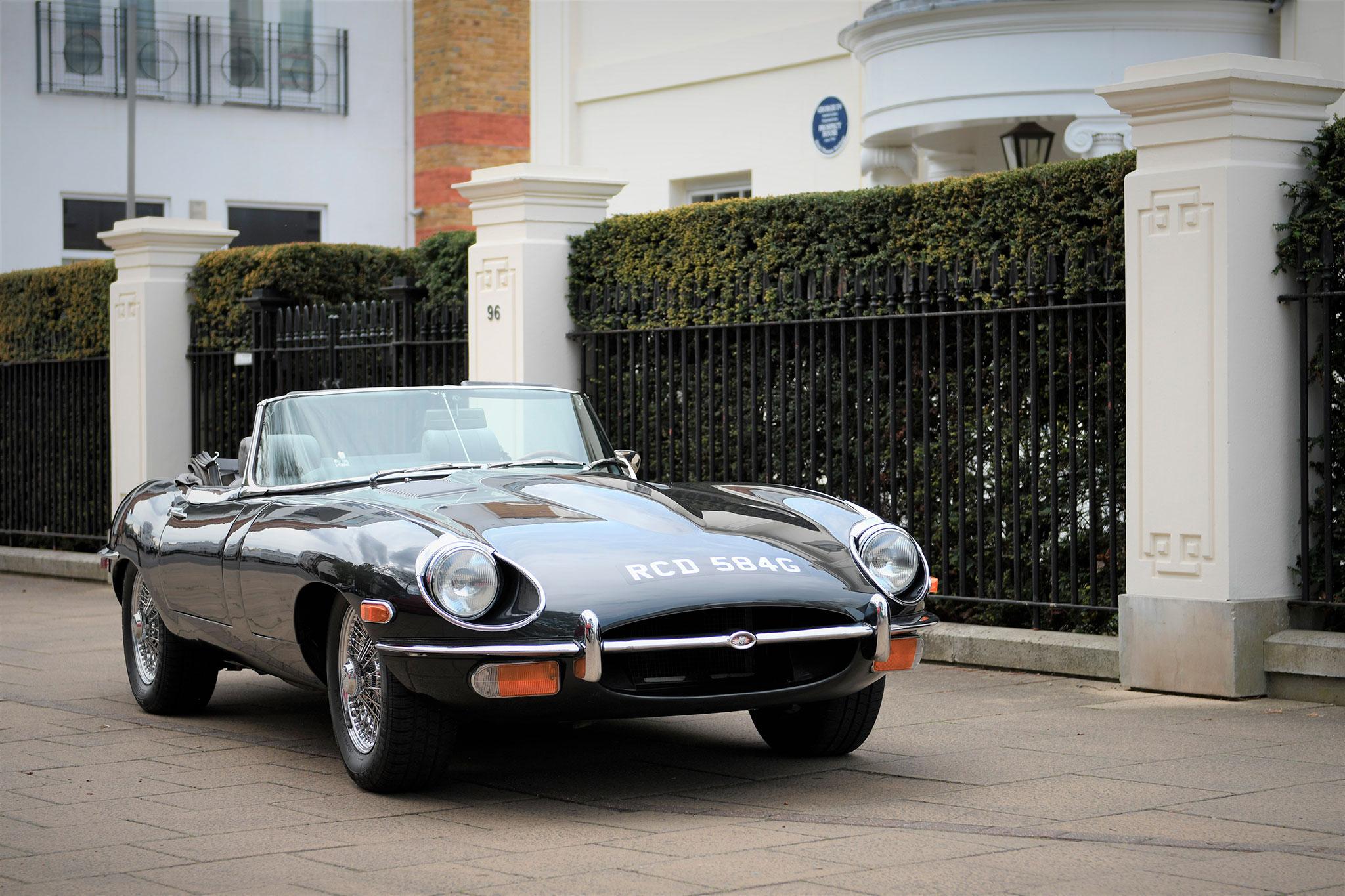 1969 Jaguar E-type 4.2-Litre - Marché de la Collection.