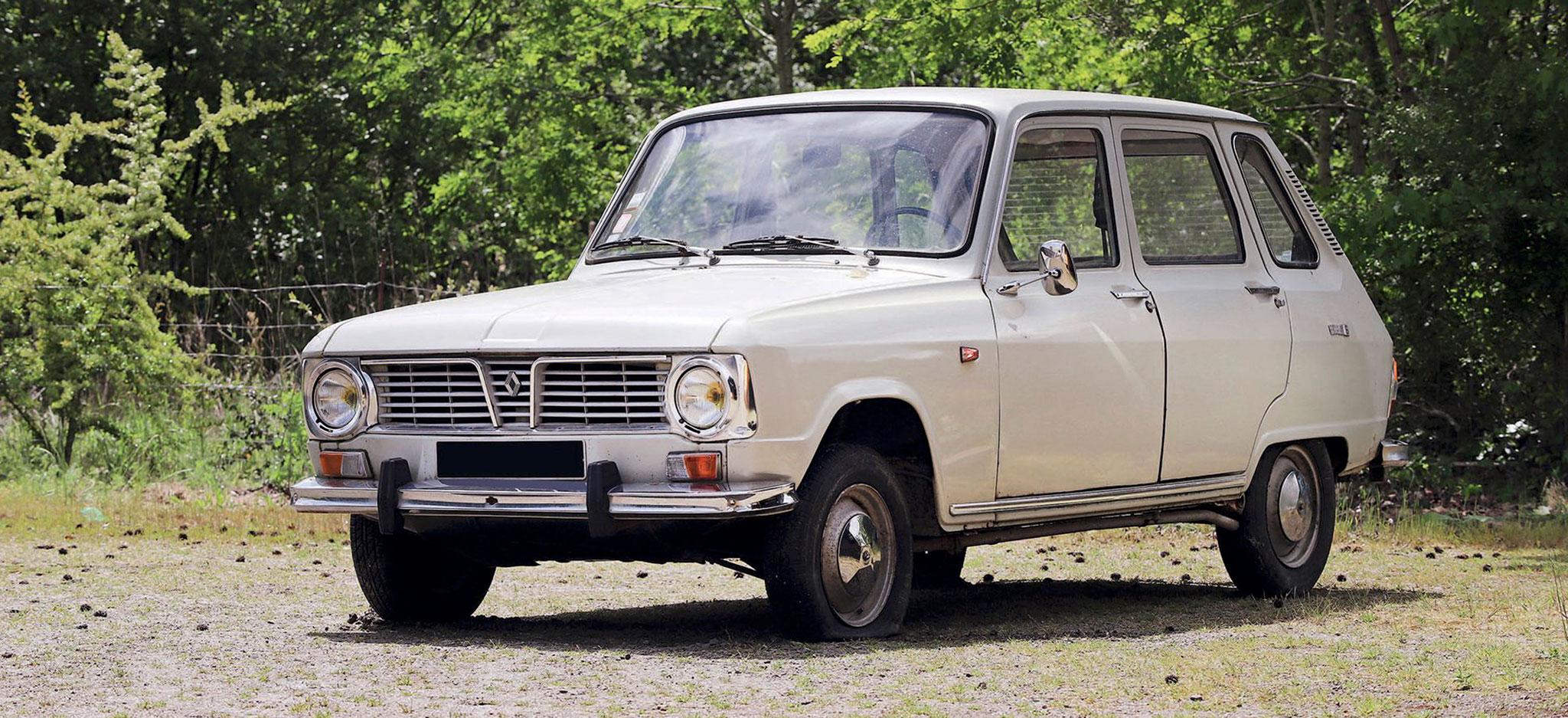 1969 Renault R6 €800 - 1200 - Populaires Françaises.