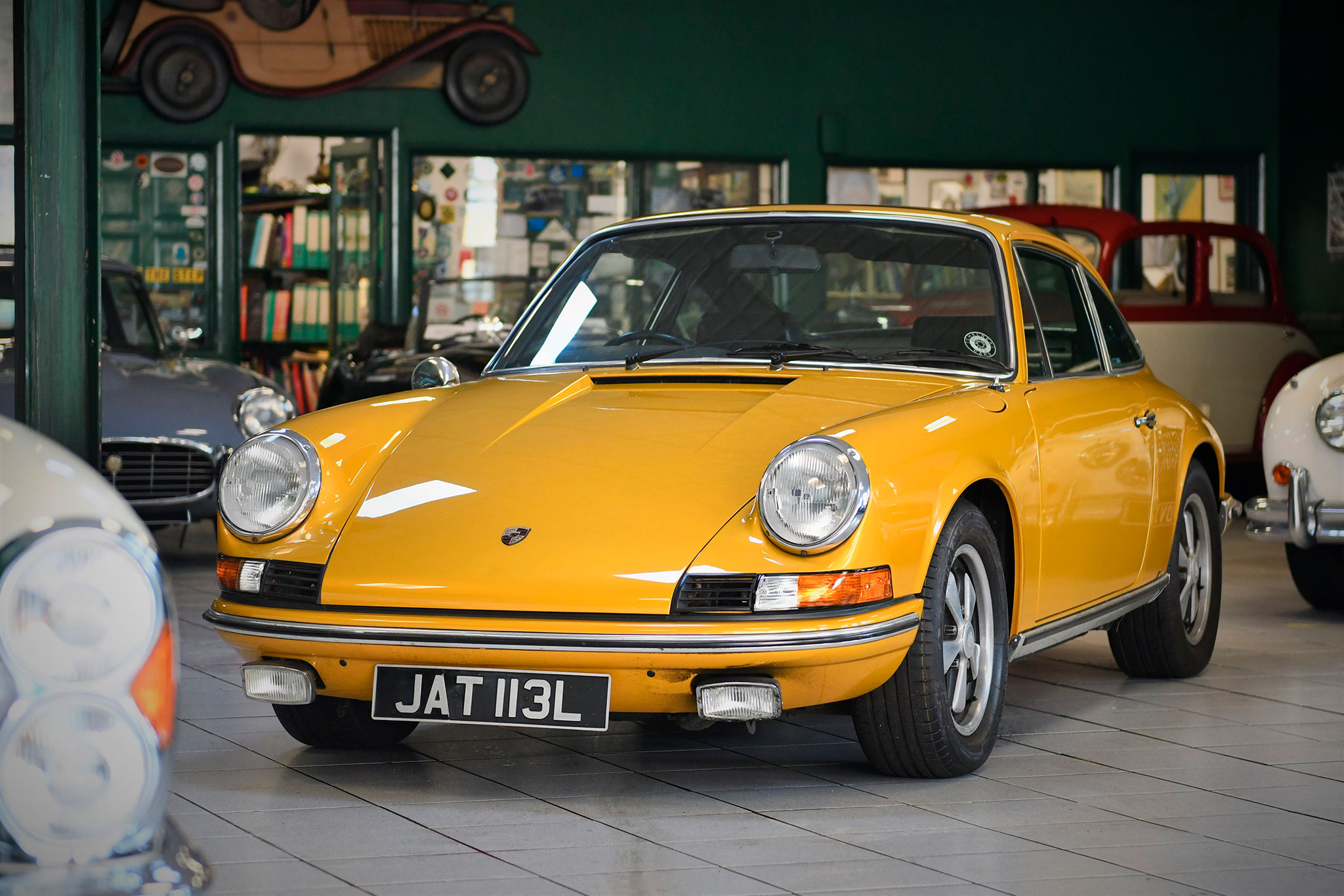 1973 Porsche 911 E - Marché de la Collection.
