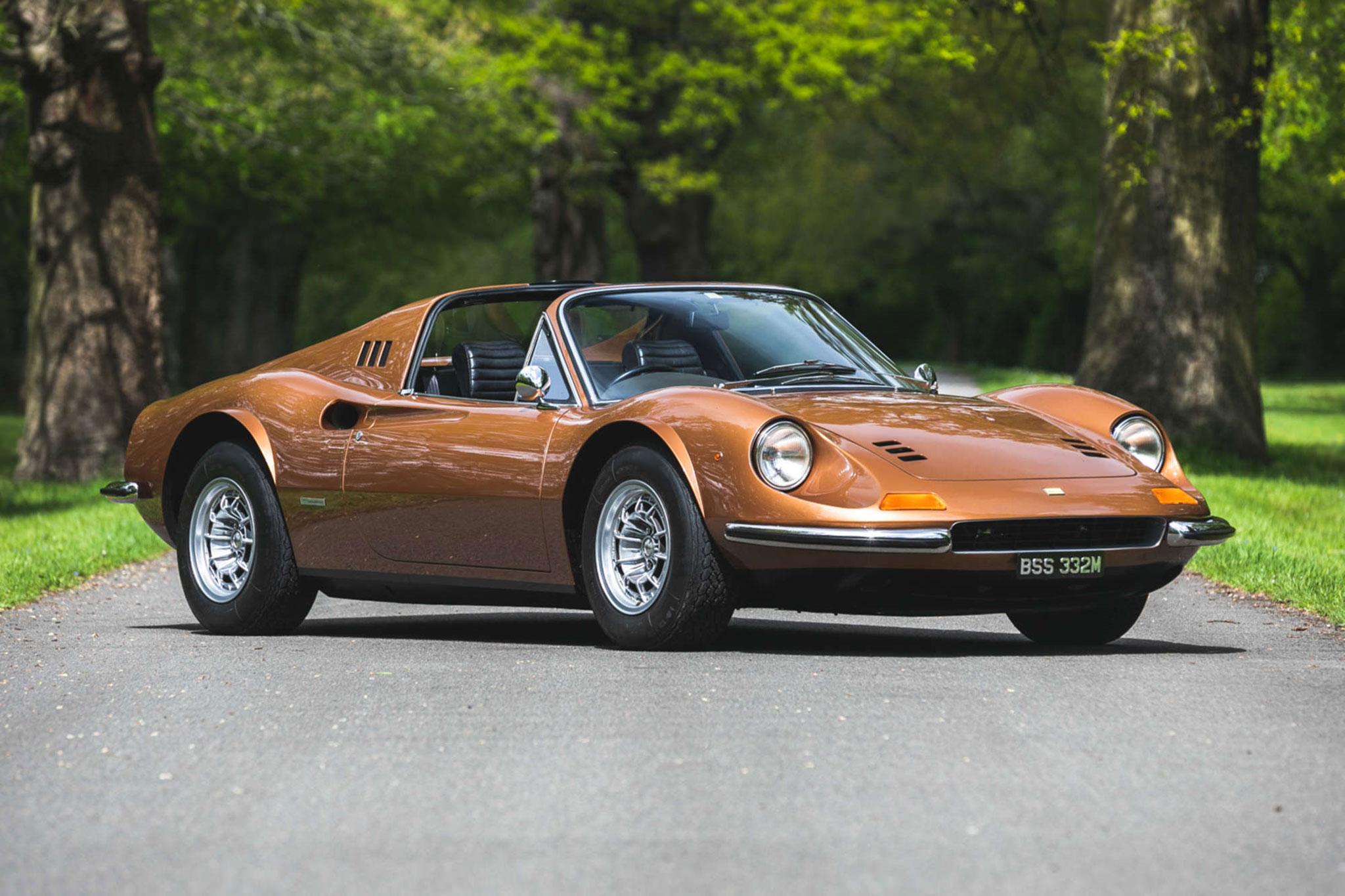 1974 Ferrari 246 Dino GTS adjugée £345,000.