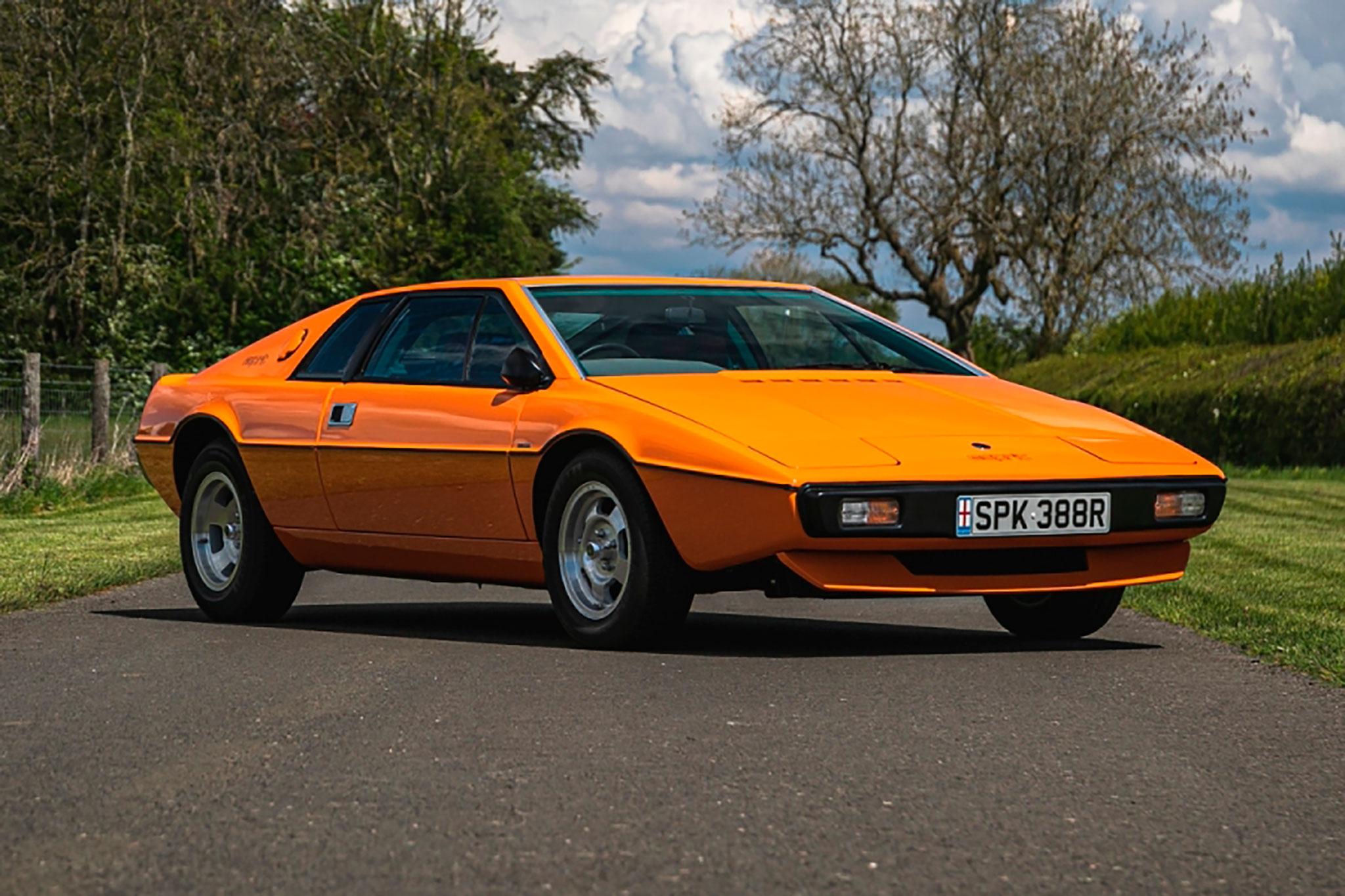 1977 Lotus Esprit S1 - CCA au London Classic Car Show 2021.
