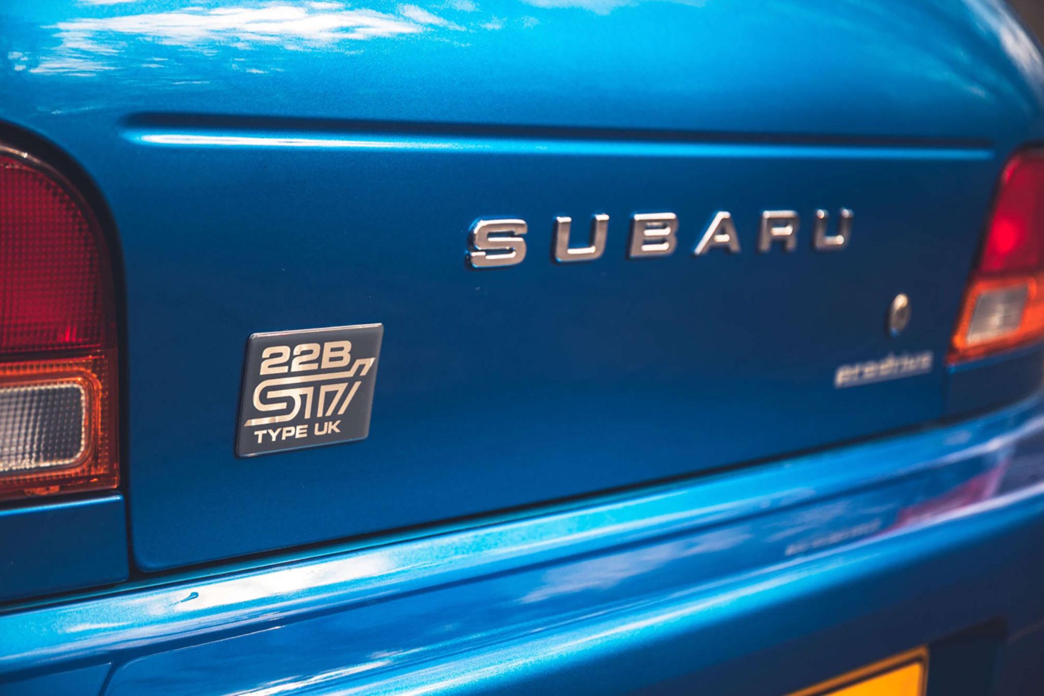 1999 Subaru 22B-STi Type UK autocollant spécifique pour le modèle Type UK.