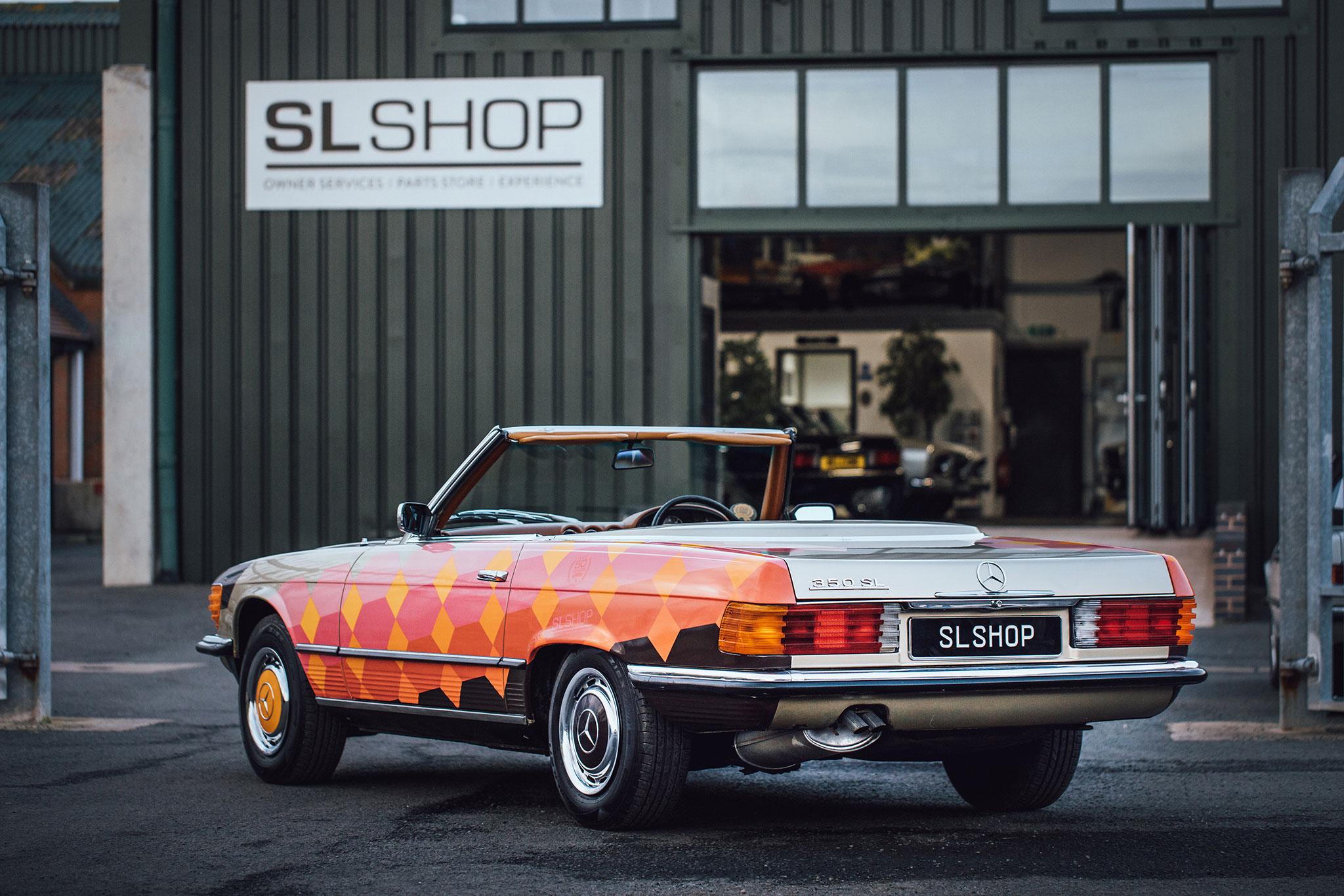 SLShop Mercedes-Benz 350 SL Art Car plus grand stock de pièces détachées au monde.