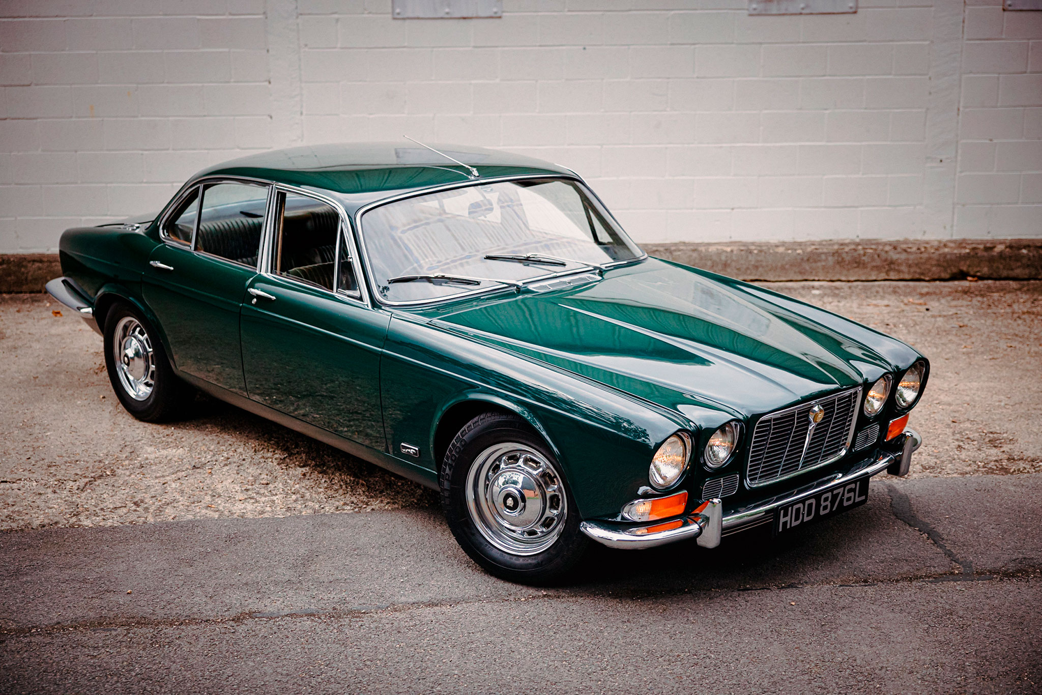 1973 Jaguar XJ6 S1 Saloon - The Market by Bonhams.